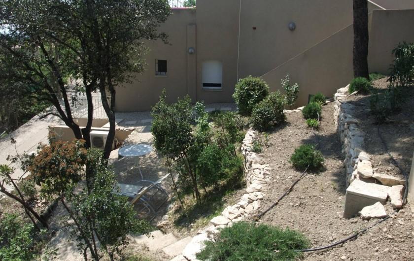Location de vacances - Appartement à Villeneuve-lès-Avignon - Le jardin