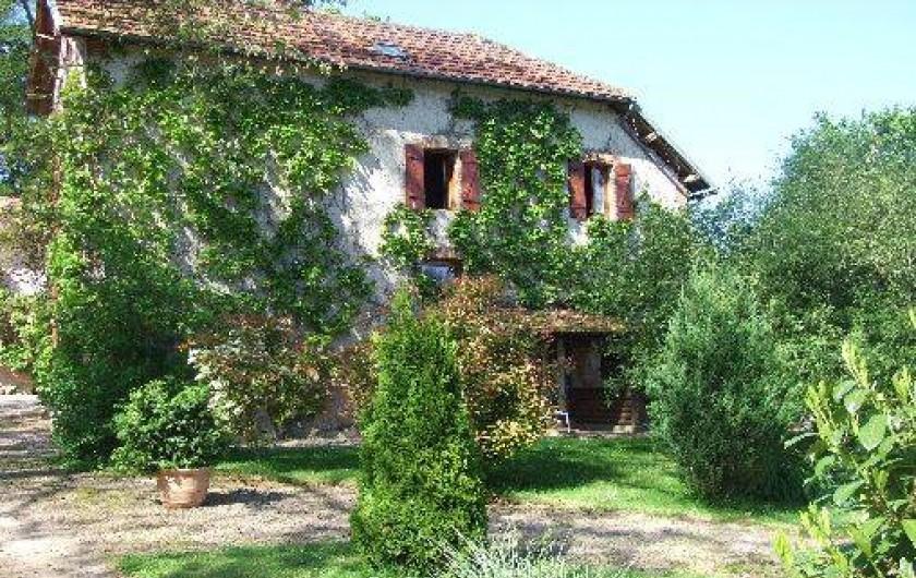 Location de vacances - Maison - Villa à Franchesse - Façade aile droite