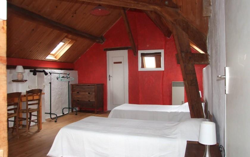 Location de vacances - Maison - Villa à Franchesse - Aile droite, chambre l'estrade.