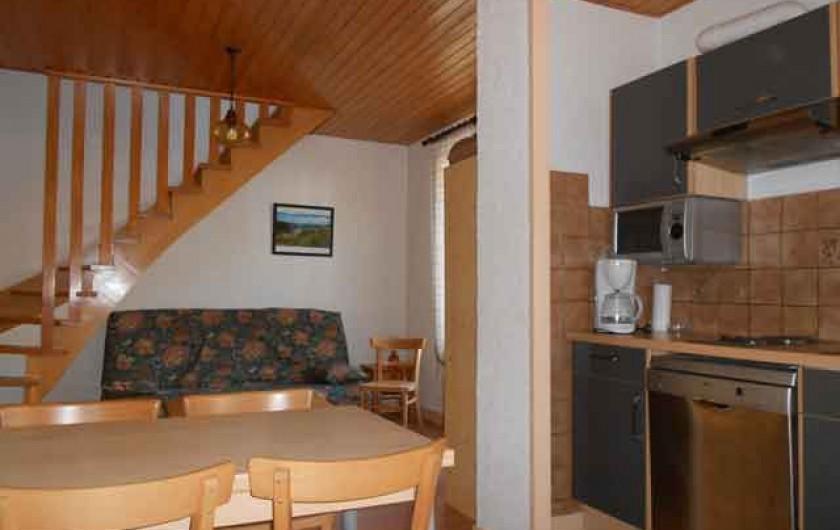 """Location de vacances - Gîte à La Bresse - Gite """"la lunelle"""" Duplex de 35 m2 - Séjour cuisine"""