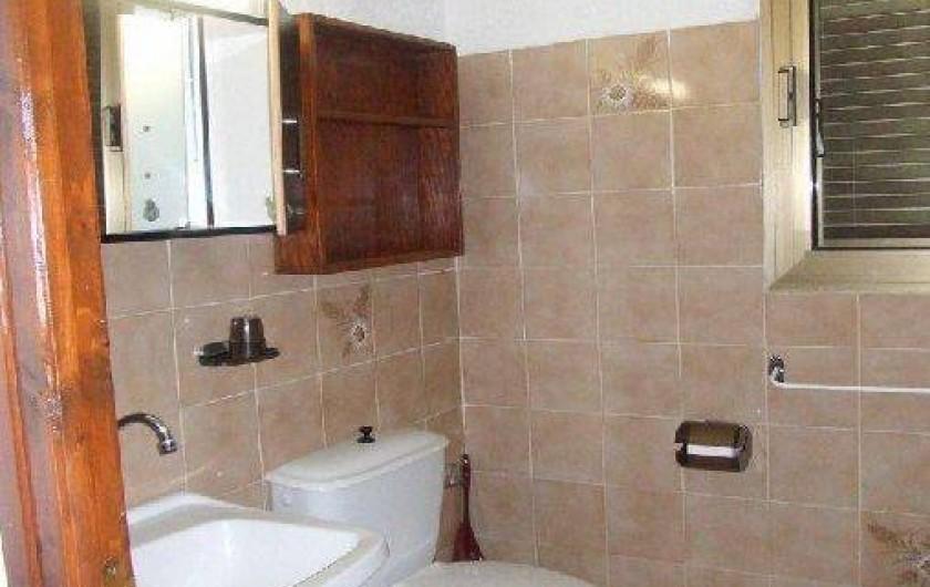 Location de vacances - Villa à Sainte-Lucie de Porto-Vecchio - Salle d'eau