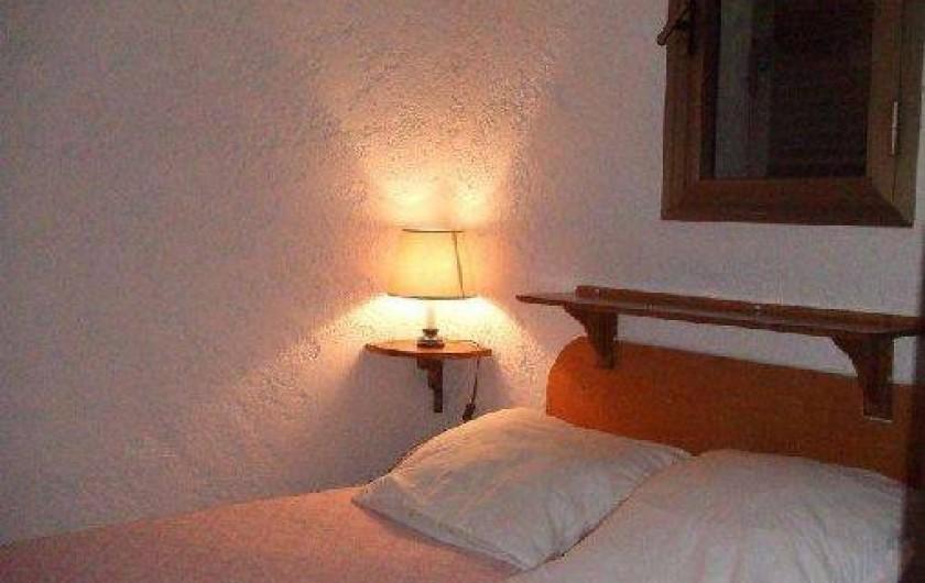 Location de vacances - Villa à Sainte-Lucie de Porto-Vecchio - Chambre du haut