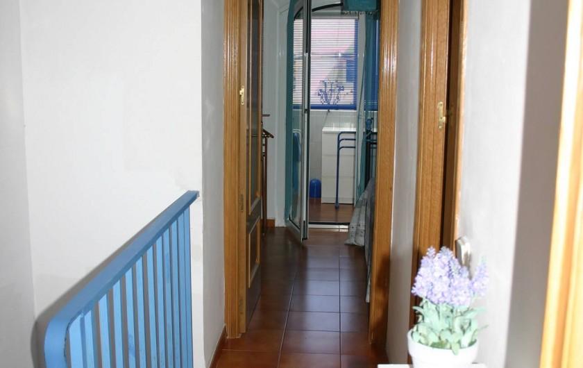 Location de vacances - Maison - Villa à Empuriabrava - Couloir Chambres