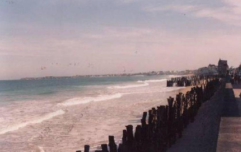 Location de vacances - Appartement à Saint-Malo - plage du sillon avec ses pieux