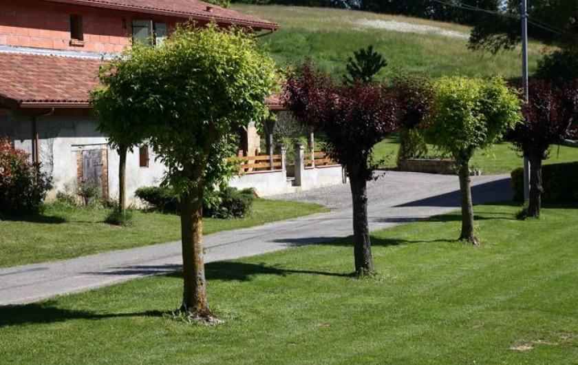 Location de vacances - Chambre d'hôtes à Seysses-Savès - L'extérieur des chambres d'hôtes