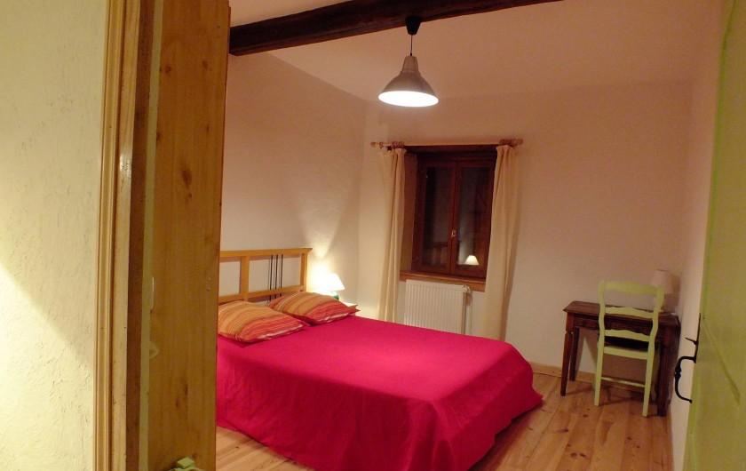 Location de vacances - Gîte à Saint-Bonnet-de-Cray - Chambre 1