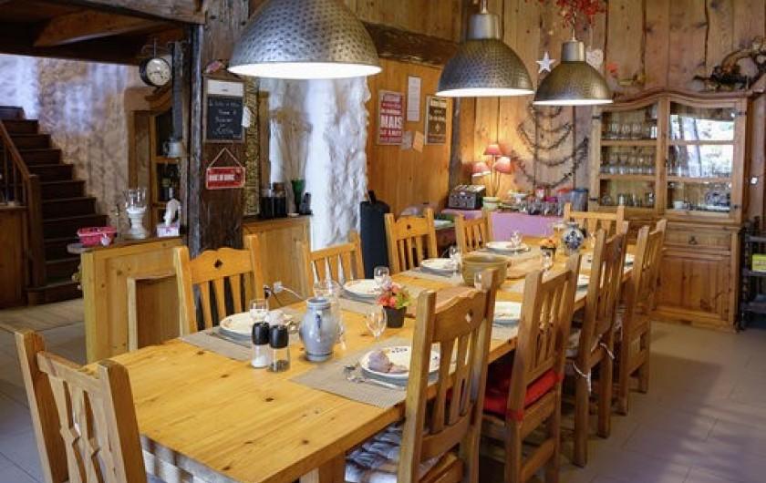 Location de vacances - Chambre d'hôtes à Gerbépal - Salle à Manger