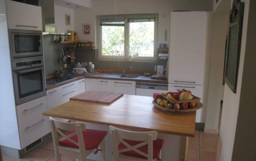 Location de vacances - Maison - Villa à Six-Fours-les-Plages - Cuisine équipée