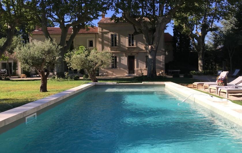 Location de vacances - Mas à Saint-Rémy-de-Provence - piscine du mas des pampres