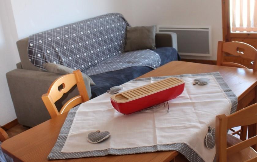 Location de vacances - Appartement à Puy-Saint-Vincent - Le coin canapé 2 places