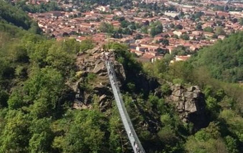 Location de vacances - Chambre d'hôtes à Pont-de-Larn - NOUVEAU à décourvir: la passerelle de Mazamet