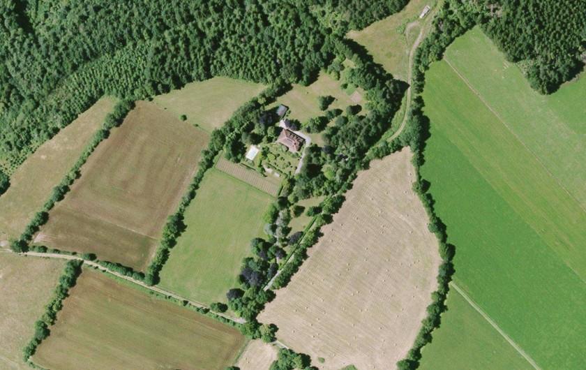 Location de vacances - Chambre d'hôtes à Pont-de-Larn - Aucune nuisance possible.  Vue aérienne de Baudelys.