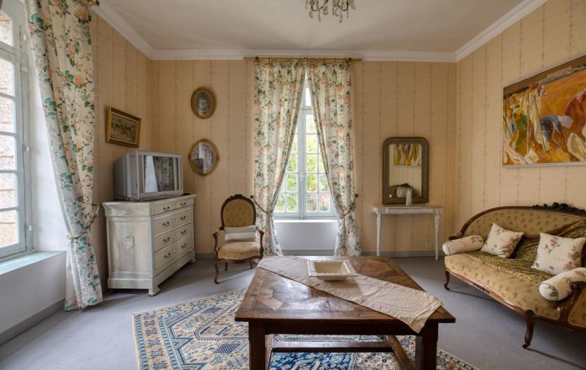 Location de vacances - Château - Manoir à Poligné - Salon de la suite Les Angelots