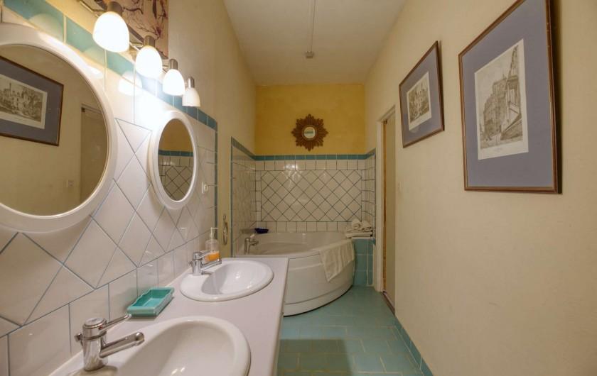 Location de vacances - Château - Manoir à Poligné - Salle de bain Mésanges bleues