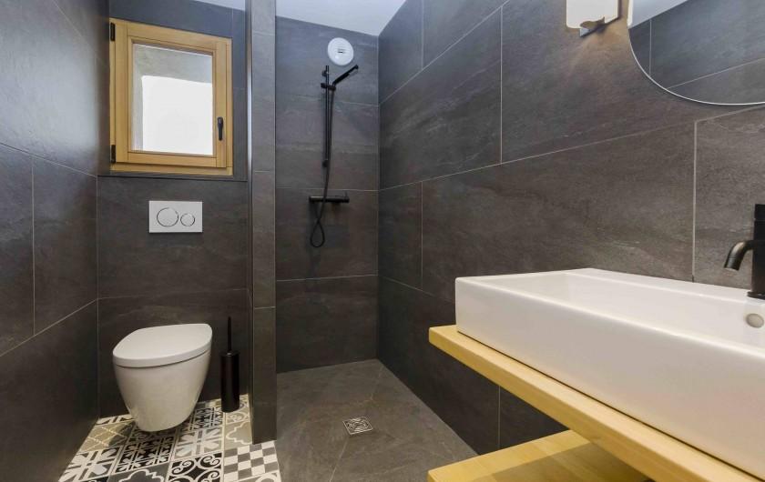 Location de vacances - Chalet à Vars - Salle de bain commune chambre 2 et 3