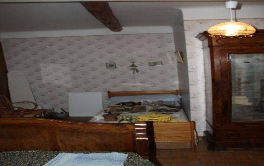 Location de vacances - Villa à Saint-Étienne-les-Orgues - Chambre 3