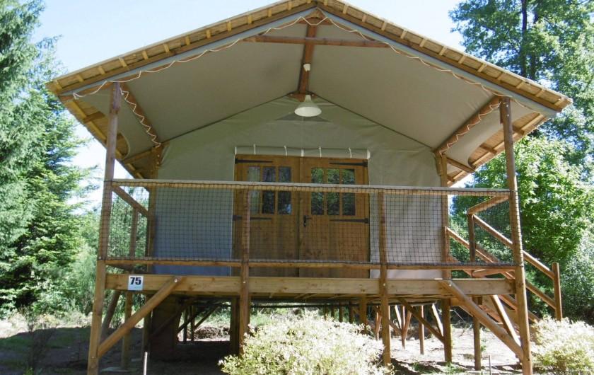 Location de vacances - Camping à Palisse - Lodge sur pilotis
