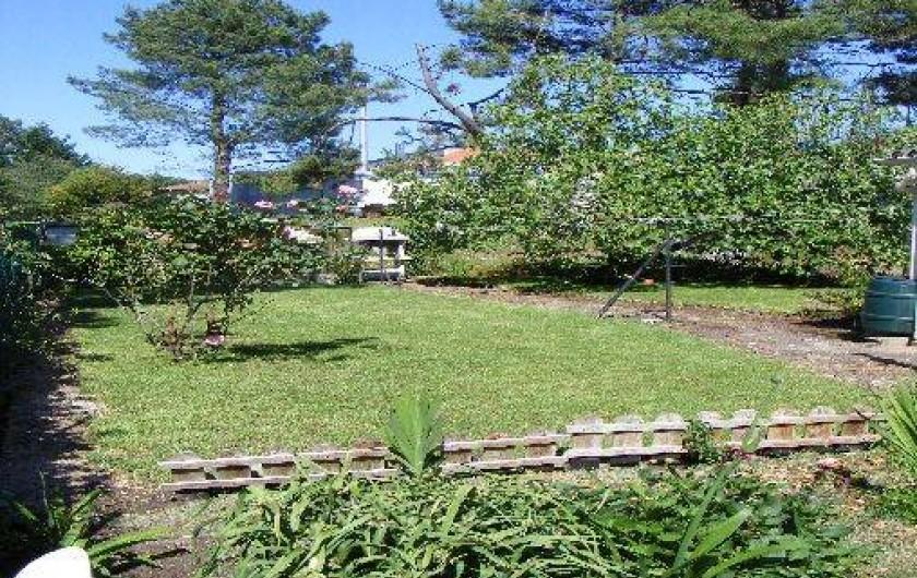 Location de vacances - Appartement à Tarnos - Jardin 1/4