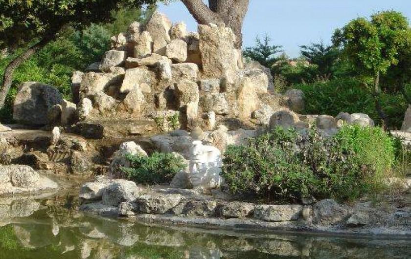 Location de vacances - Appartement à Éguilles - un jardin très calme pour se ressourcer...