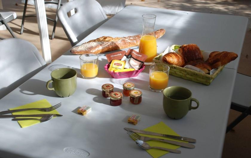 Location de vacances - Roulotte à Châtillon-en-Bazois - Petit déjeuner