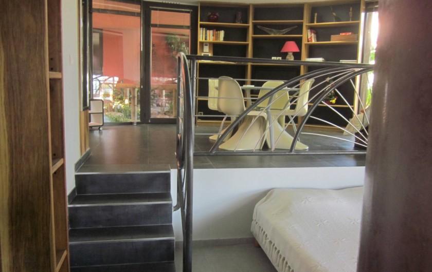 Location de vacances - Studio à Mandelieu-la-Napoule - vers chambre