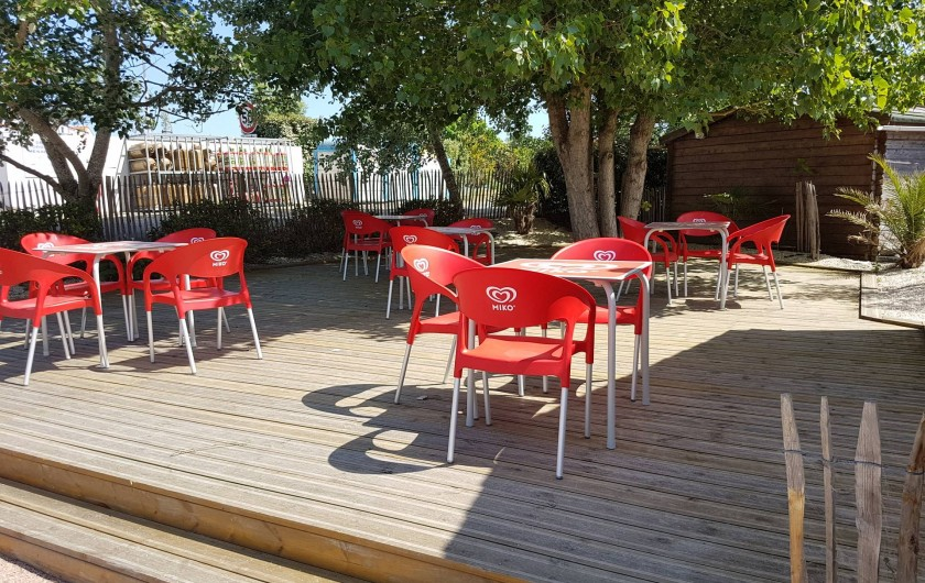 Location de vacances - Camping à Givrand - Terrasse