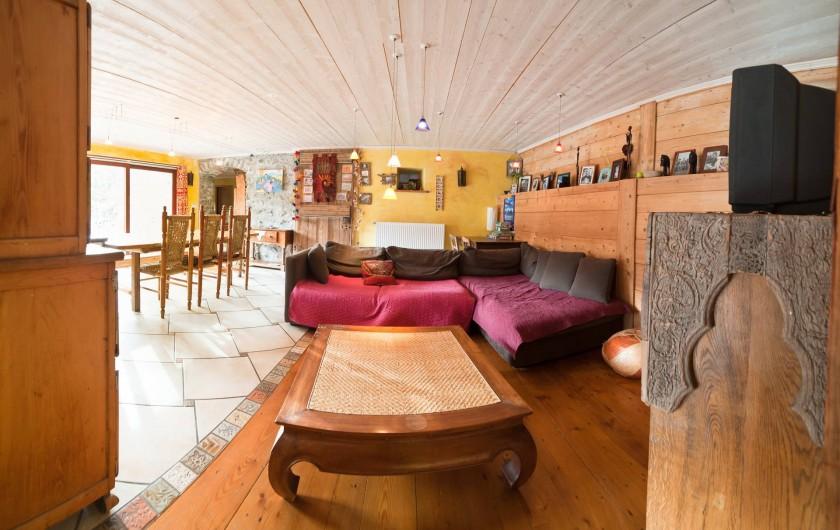 Location de vacances - Chalet à Albiez-Montrond - séjour