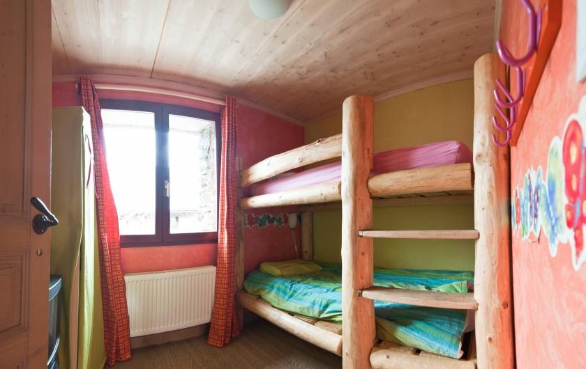 Location de vacances - Chalet à Albiez-Montrond - chambre 2  1er étage