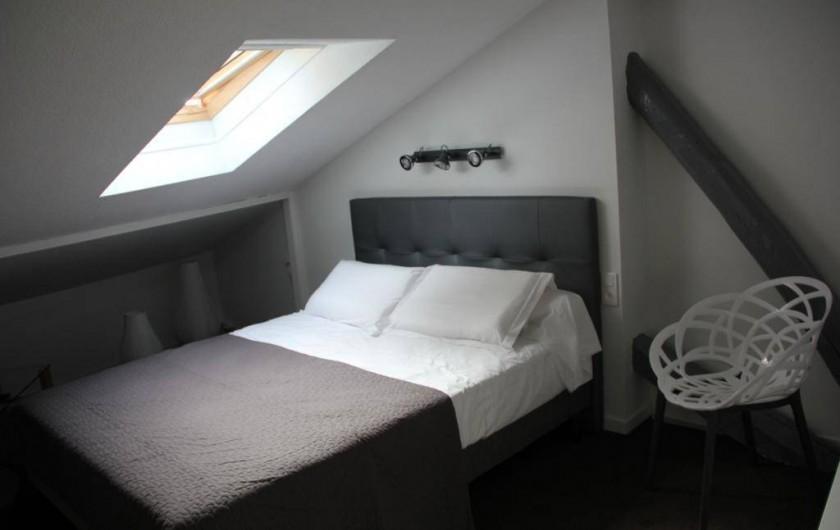 Location de vacances - Gîte à Albi - Chambre grand lit en 160 cm