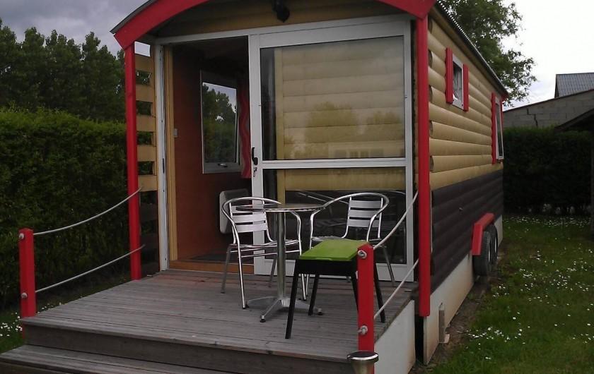 Location de vacances - Bungalow - Mobilhome à Zegerscappel - roulotte tout confort, 1 chambre 2/4 pers