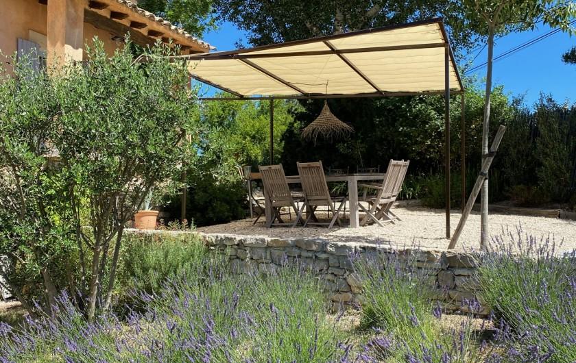 Location de vacances - Mas à Céreste - Possibilité d'installer un bureau dans plusieurs pièces