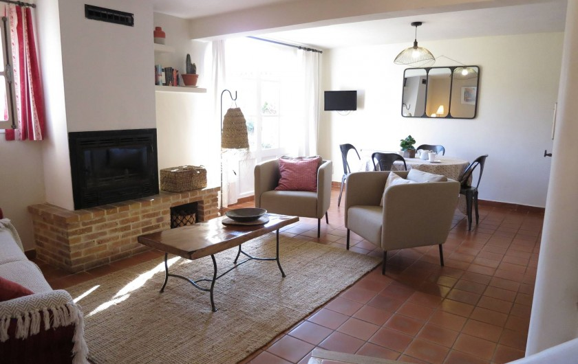 Location de vacances - Mas à Céreste - Mas du Luberon, séjour avec vue sur le Luberon