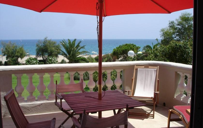 Location de vacances - Chalet à Argelès-sur-Mer - vue depuis la terrasse du séjour