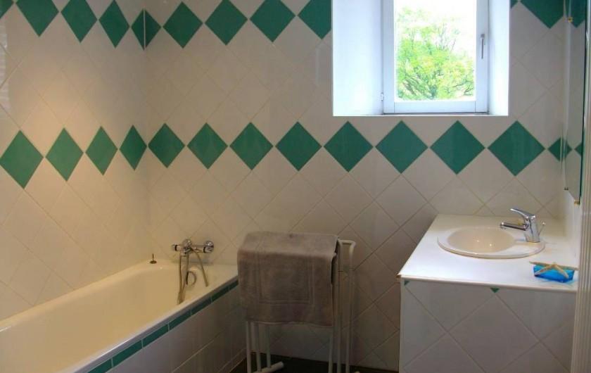 Location de vacances - Gîte à Noyant-la-Gravoyère - Salle de bain