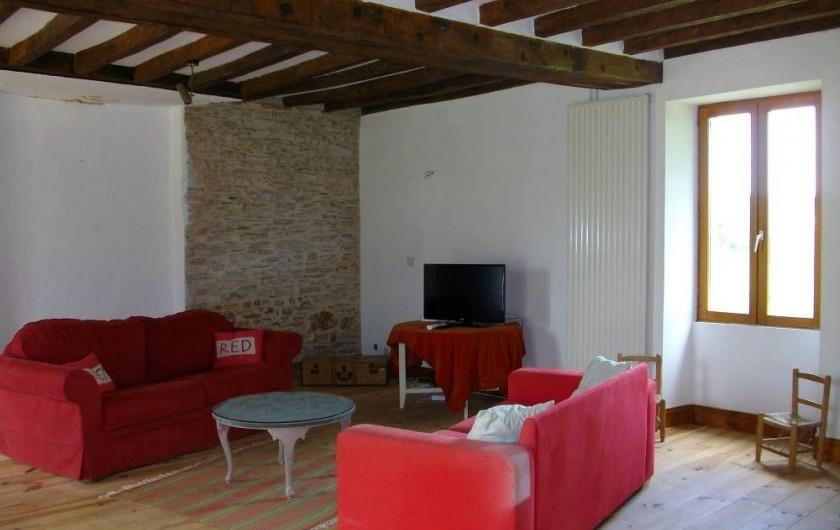 Location de vacances - Gîte à Noyant-la-Gravoyère - Salon