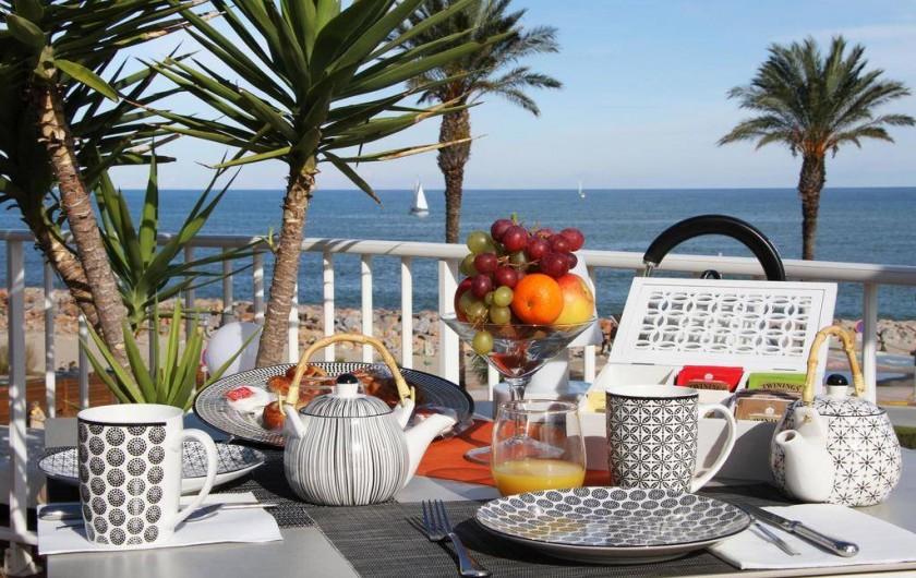 Location de vacances - Appartement à Saint-Cyprien Plage - Petit-déjeuner