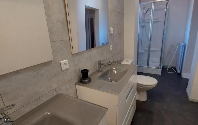 Location de vacances - Gîte à Allassac - salle d'eau