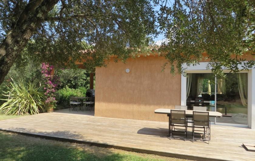Location de vacances - Villa à Sainte-Lucie de Porto-Vecchio - Terrasse sud