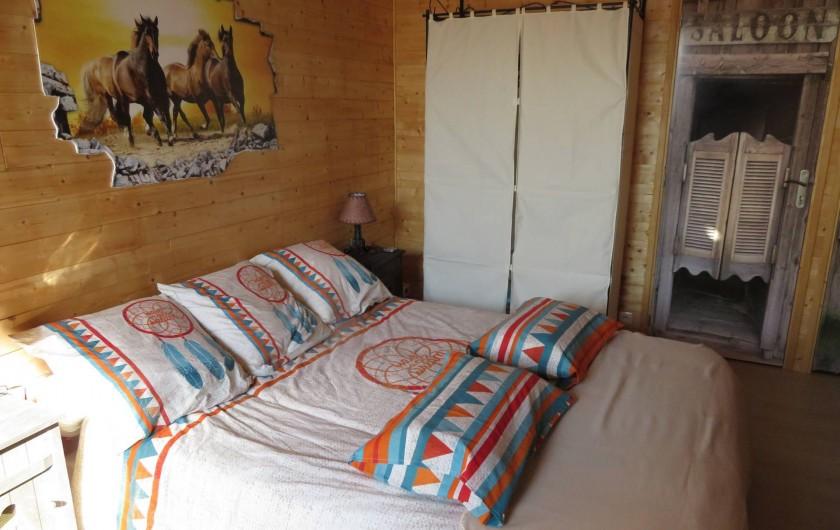 Location de vacances - Chambre d'hôtes à Donzac - La Chambre Dorian GREY (Vue 1)