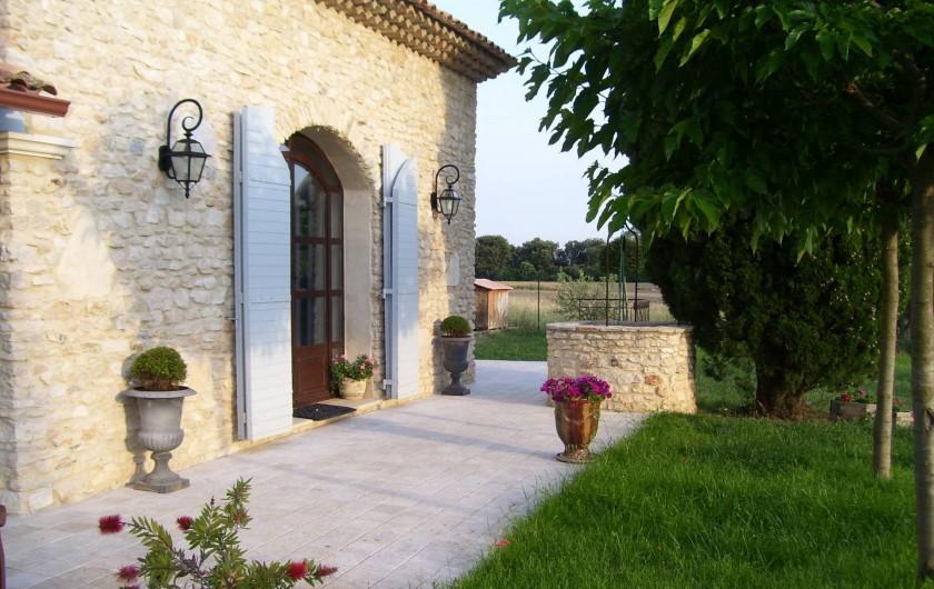 Location de vacances - Mas à Aix-en-Provence - coté jardin