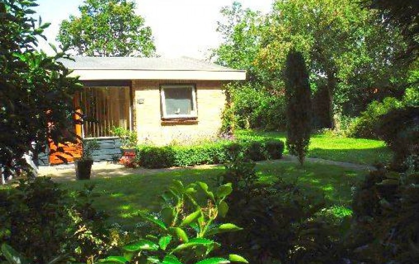 Location de vacances - Bungalow - Mobilhome à Dombourg - Bungalow, un  jardin grand