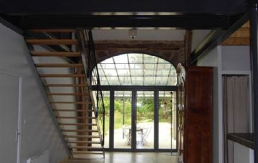 Location de vacances - Gîte à Roussennac - Entrée du gîte (vue intérieure)