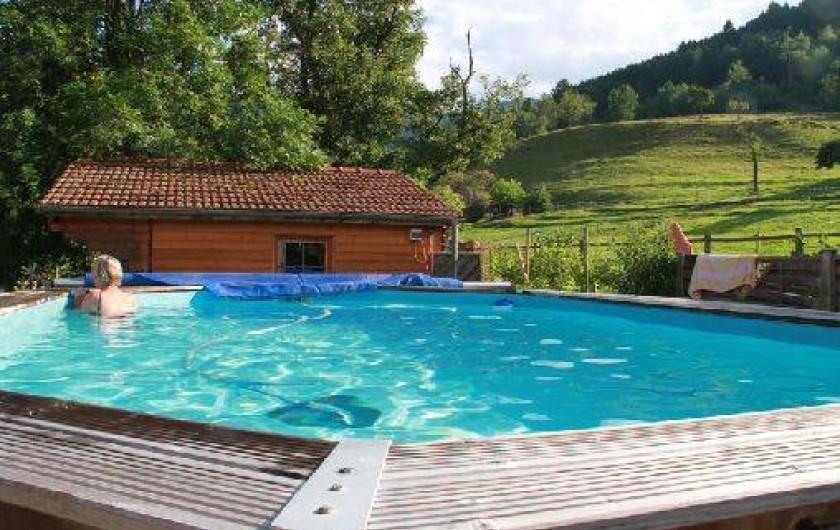 Location de vacances - Roulotte à Mitzach - Piscine hors sol uniquement ouverte juillet août