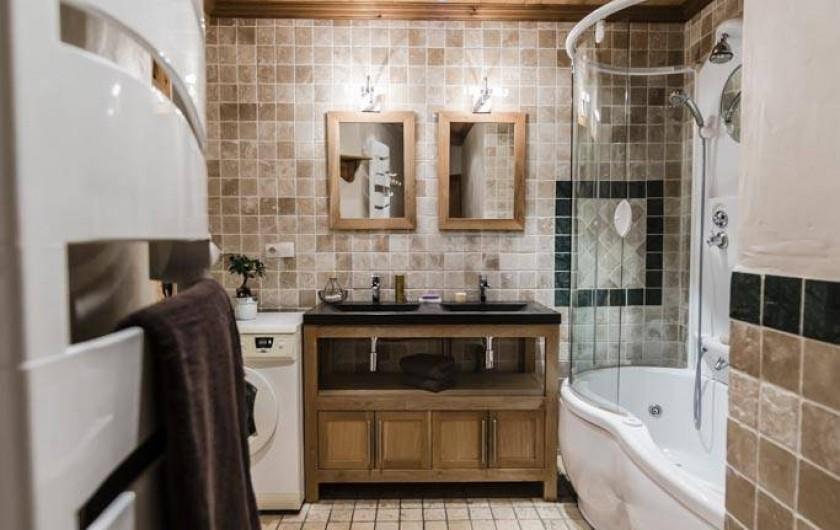 Location de vacances - Appartement à Val-d'Isère - Salle de bains