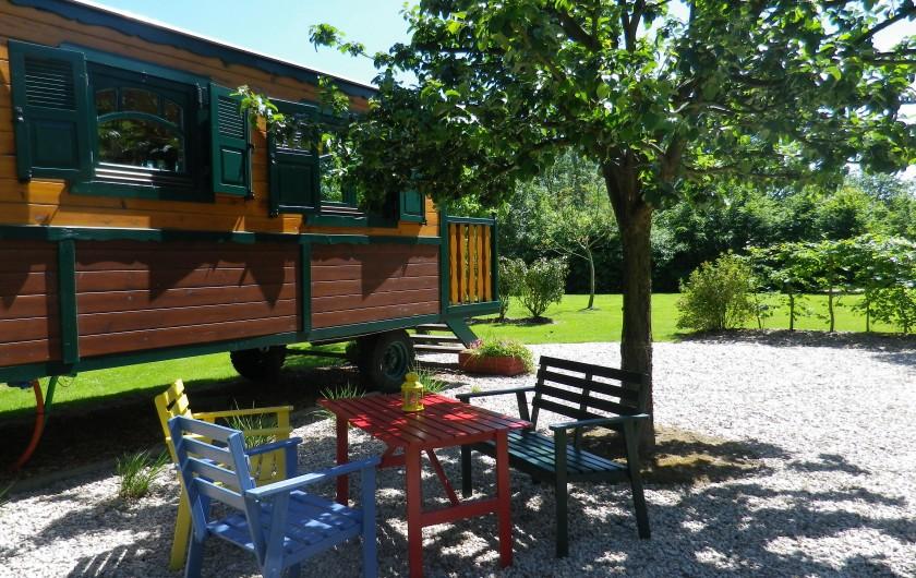 Location de vacances - Roulotte à Saint-Gilles-de-la-Neuville - la salle de douche