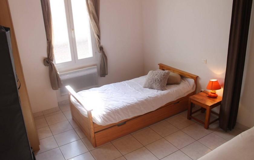 Location de vacances - Villa à Les Sables-d'Olonne - chambre n 2  partie lit gigogne