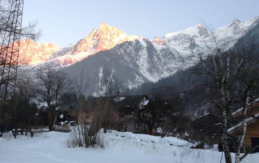 Location de vacances - Chalet à Les Houches - Chaîne du Mont Blanc