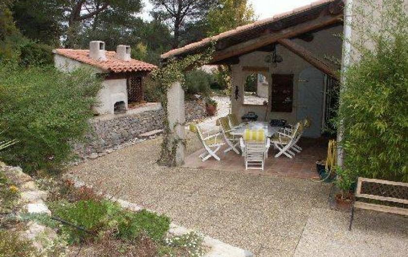 Location de vacances - Maison - Villa à Auriol - Terrasse Nord