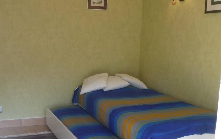 Location de vacances - Maison - Villa à Auriol - Chambre verte (2 lits 90 ou 1 x 180)