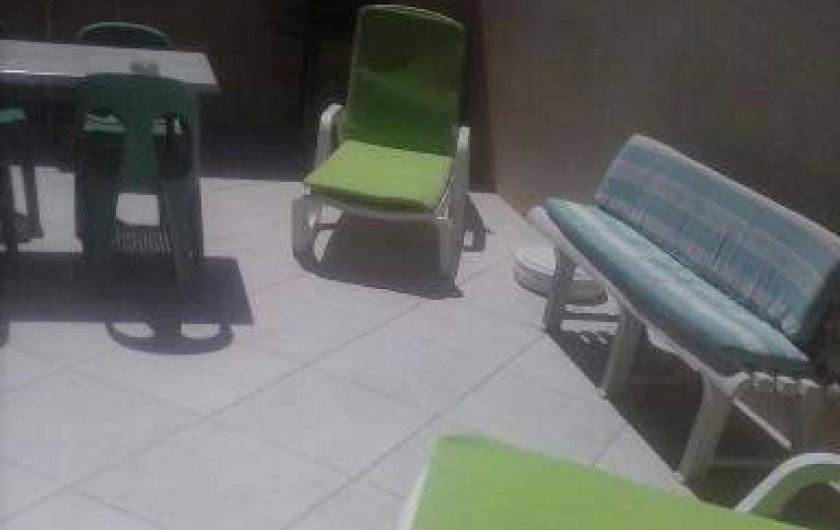 Location de vacances - Studio à Sainte-Maxime - Terrasse barbecue   Vue Mer